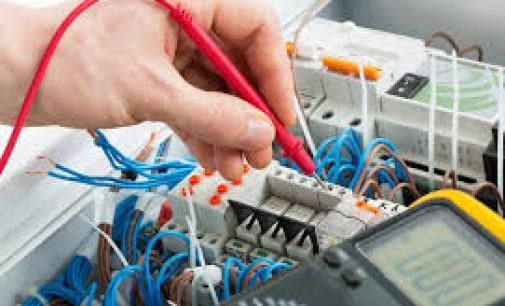 Installer un disjoncteur dans votre maison
