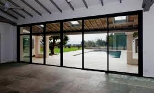 Opter pour une baie vitrée dans votre maison