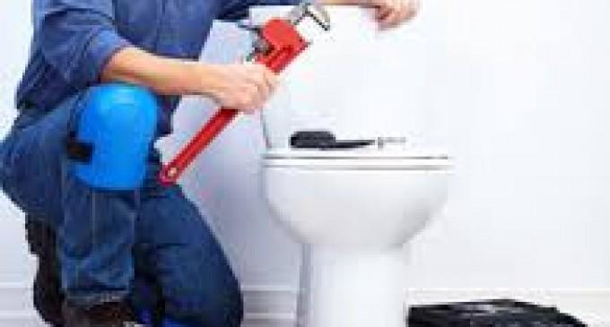 Fuite d'eau dans plusieurs zones de toilettes